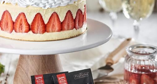 Торт «Фрезьє» або «Полуничник» від Лізи Глінської та ТМ Приправка